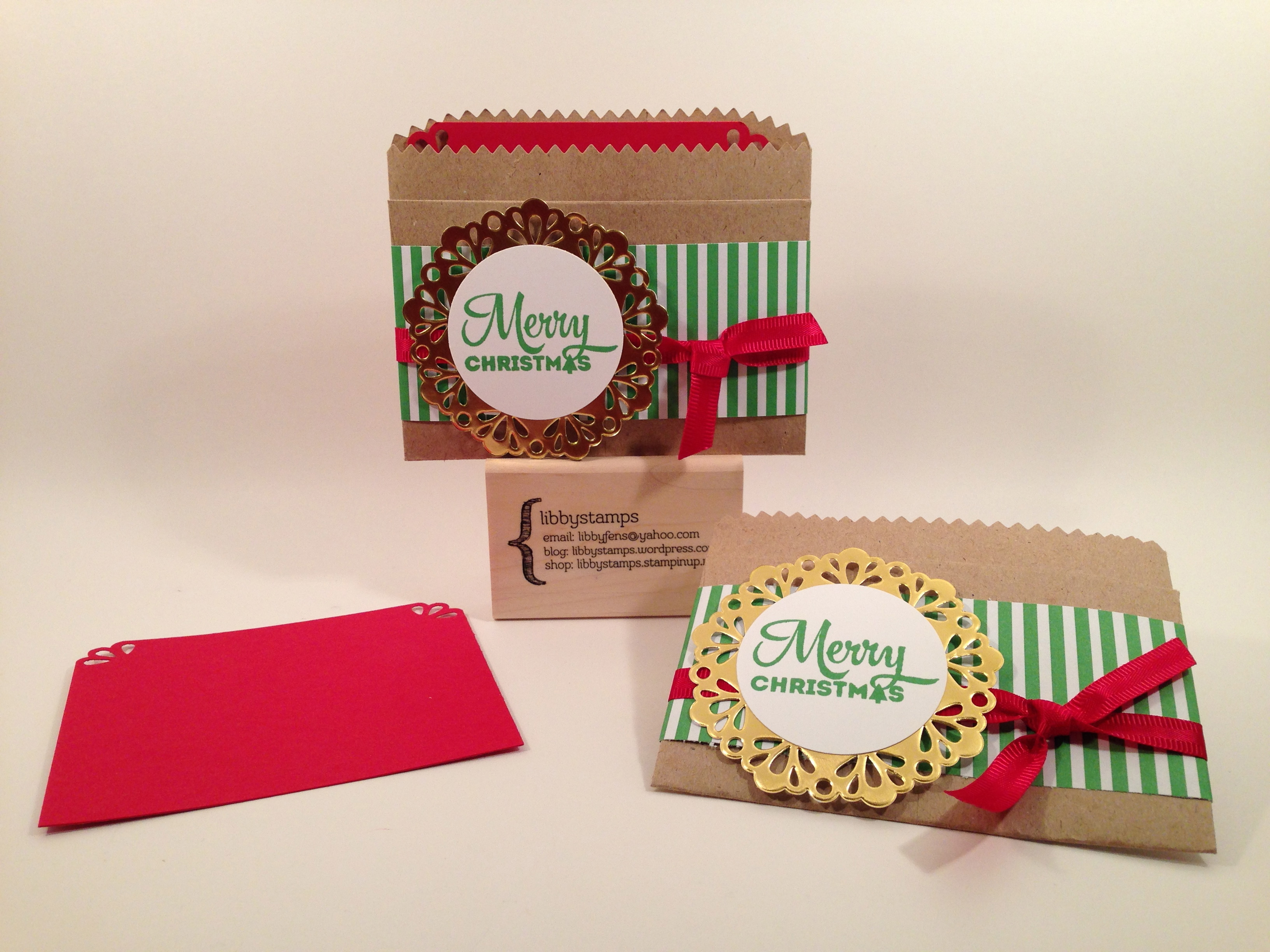 libbystamps, Stampin' Up, Lots of Joy, Kraft Tag a Bag Gift Bag, Metallic Foil Doilies, Curvy Corner Trio Punch, 2015-2017 In Color Envelope Paper, Real Red 3/8 Satin Woven Ribbon, gift card holder